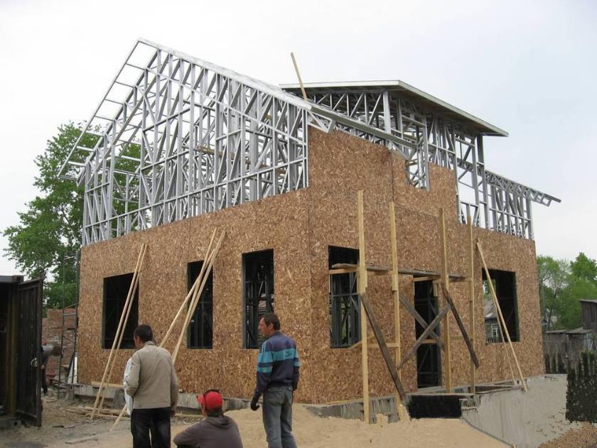 石膏基轻钢别墅相比传统两板一芯有什么优势